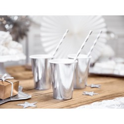Vasos de color plata